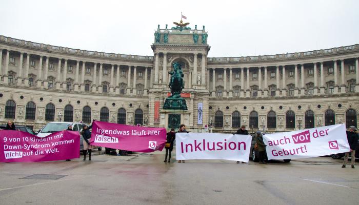 Welt-Down-Syndrom-Tag: Aktionsdemo vor der Hofburg gegen gesetzlich verankerte eugenische Indikation
